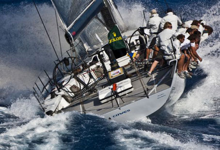 Just past the halfway stage in the 2009 Maxi Yacht Rolex Cup and the frontrunners are beginning to show their colours. The jostling for pole position is entering the decisive phase.