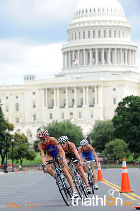 Victory for Emma Moffatt capped off a brilliant day's racing in the US capital as the iconic city of Washington,
