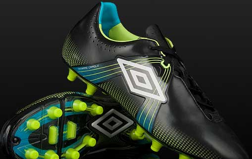 product review Built for speed and style, Umbro reveals their lightest boot to date for the 2010/2011 season  the new Umbro GT.