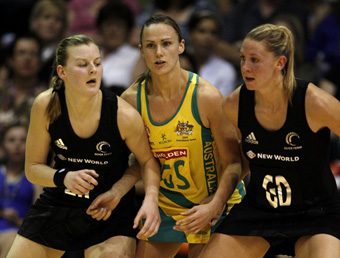 Inspirational captain Sharelle McMahon suffered a suspected ruptured Achilles tendon in the ANZ Championships.