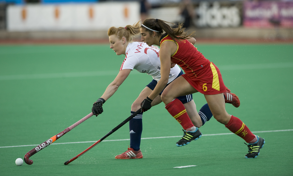 England's Nicola White in actionagainst Spain in the final pool game_1.jpg
