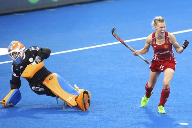 Women sport news - Alex Danson-Bennett announces her retirement from hockey