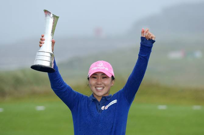 Women sport news - Calm Kim Collects Maiden Major at Kingsbarns Golf Links.