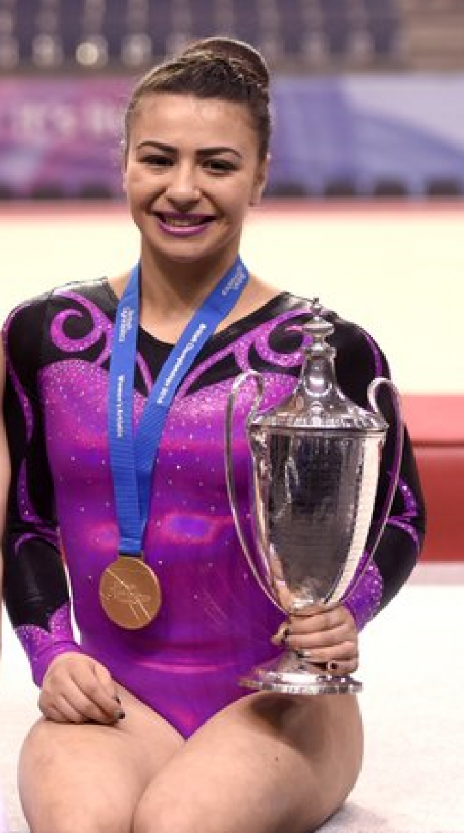 Claudia Fragapane Takes The 2016 British All Around Title