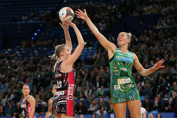 Women sport news - Desperate Fever Win West Coast Thriller