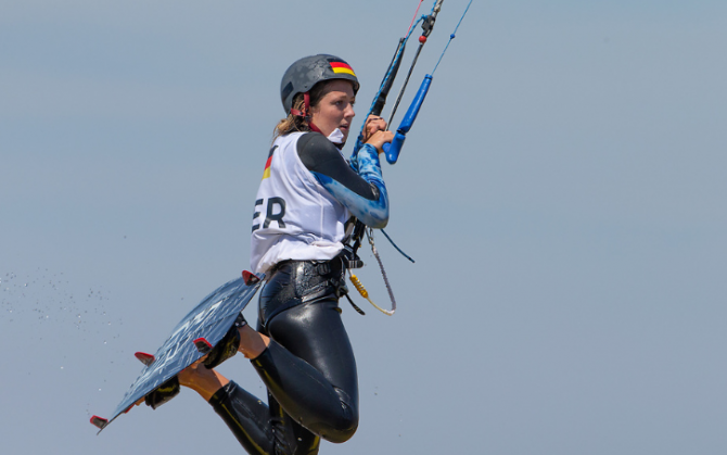 Women sport news - Dominican Republic and Germany take the Lead in Youth Olympic's Kiteboarding Event