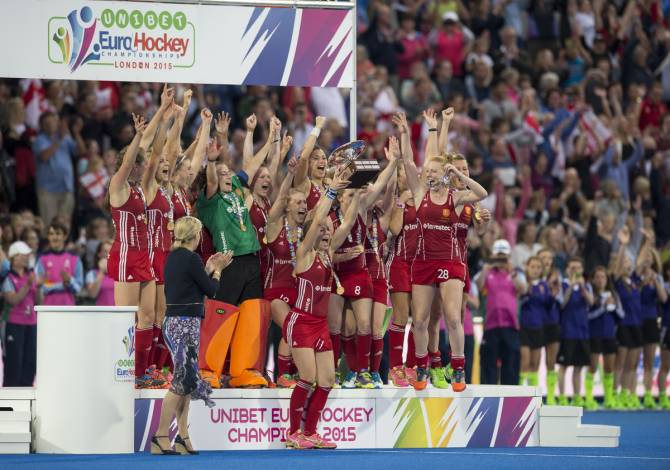 Women sport news - England defeat The Netherlands on penalty shootout