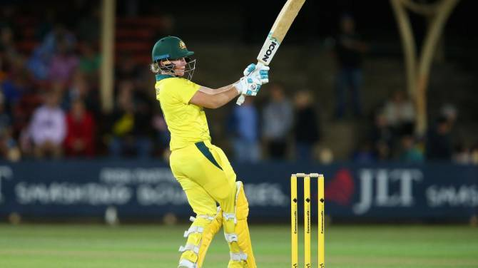 England lose first T20 as Australia retain the Women's Ashes