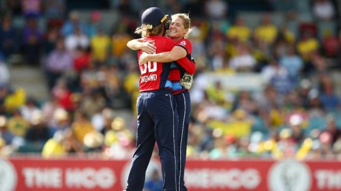 Women sport news - England win second IT20