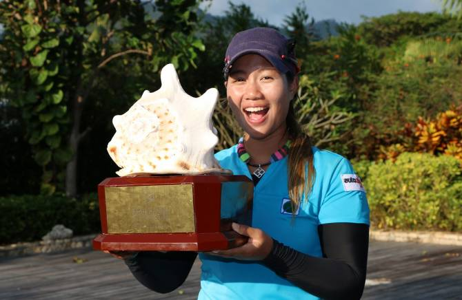 Women sport news - Flawless Sangchan hits the front at Dubai Ladies Classic