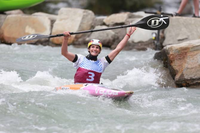 Women sport news - Funk looks to make four wins five to cap off incredible 2017 canoe slalom season