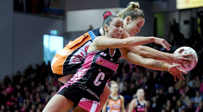 Women sport news - Giants See Off Injured Thunderbirds To Jump Back Into Top Four