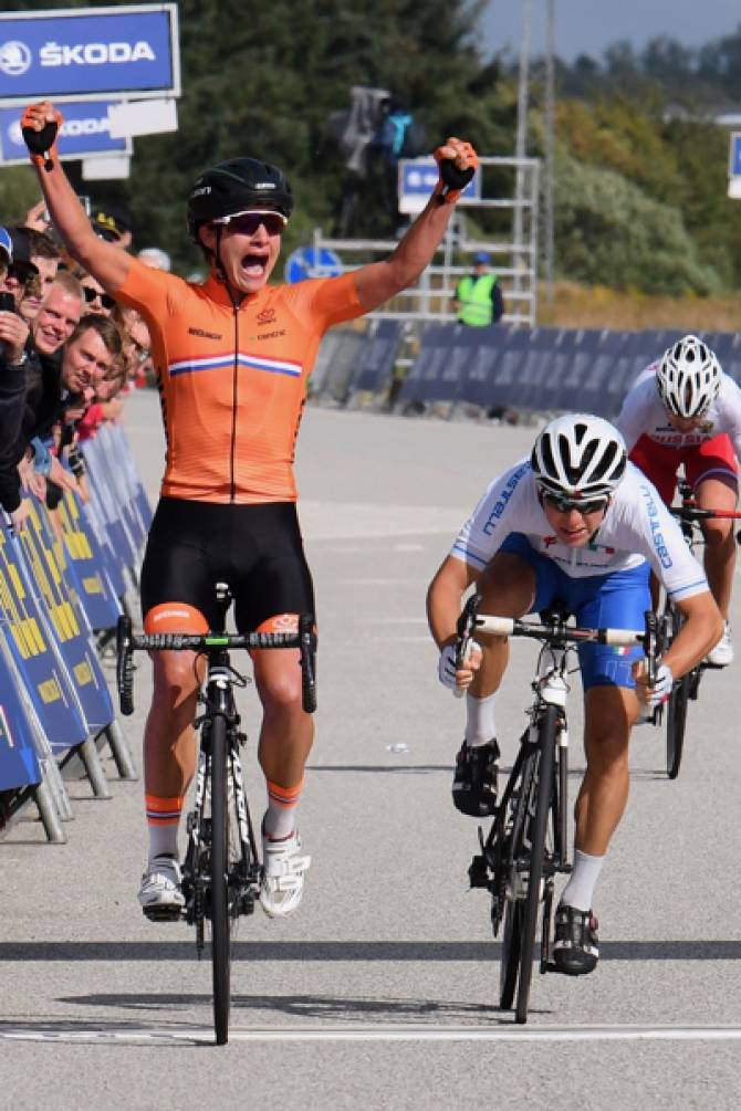 Women sport news - Giorgia Bronzini Wins Silver Medal In European Road Race Championships