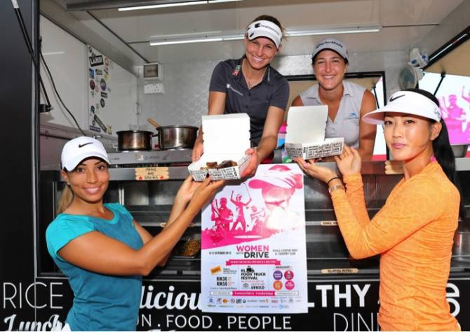Women sport news - Golf Stars get into the Groove at the Sime Darby 2015
