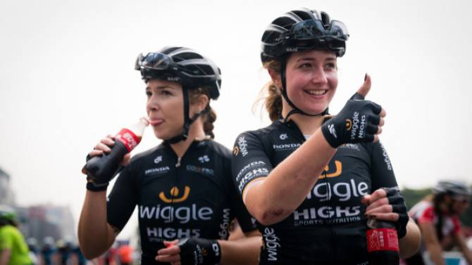 Lucy And Grace Garner Renew With Wiggle High5 Pro Cycling In 2018