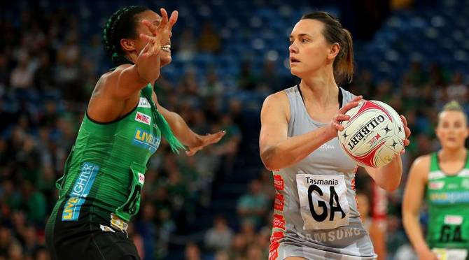 Women sport news - Medhurst Inspires Magpies' Win Over Fever