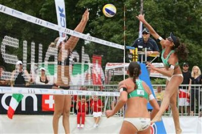 Women sport news -  16 women's duos remain at A1 Grand Slam presented by Volksbank