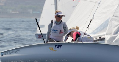 Women sport news - 470 World Championships - Race Day 1 Report
