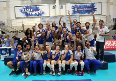 Women sport news - Club World Championship teams pick up trophies at home