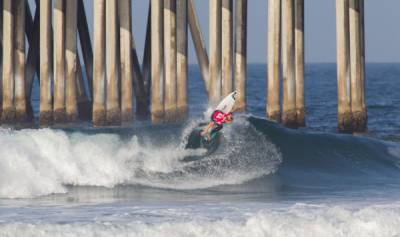 Women sport news - Conlogue Is Back On Track at Vans US Open of Surfing