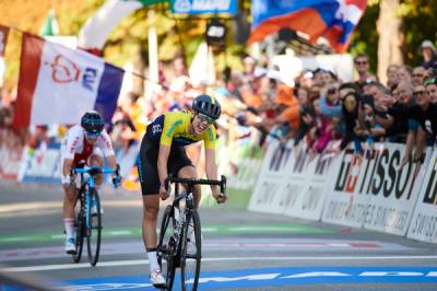 Women sport news - Emilia Fahlin Finishes A Best-Ever Fourth Place In World Championships Road Race