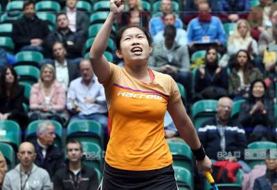 Women sport news - Hong Kong's Au Sends Former World No.1 Massaro Out on Day Three of PSA World Championships