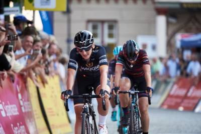 Women sport news - Lisa Brennauer Begins Lotto Thüringen Tour Defence With Third On Stage 1