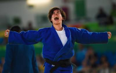 Women sport news - Sandrine Martinet completes come-back as Uzbekistan grabs double judo gold