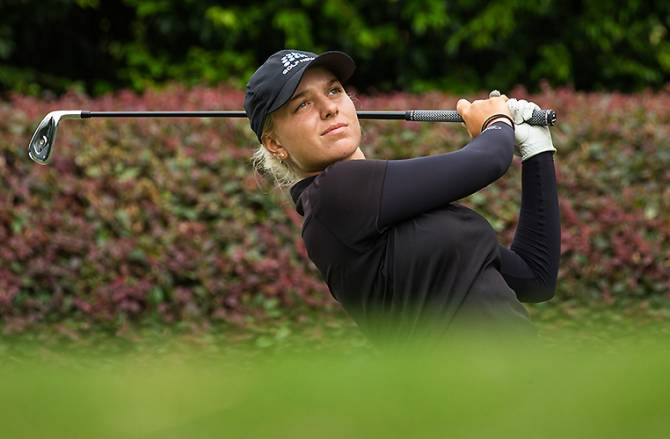 NSW amateur Stephanie Kyriacou leads by two