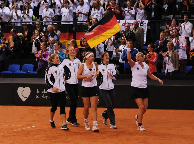Women sport news - Porsche extends its successful tennis partnership with Germany