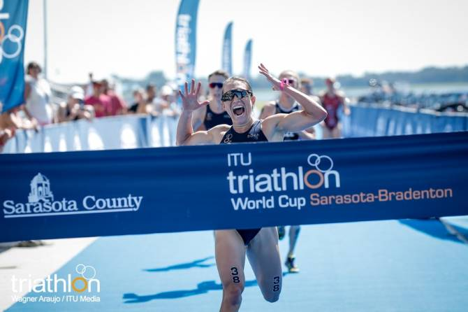 Women sport news - Tomlin Dominates Sarasota World Cup Duathlon race