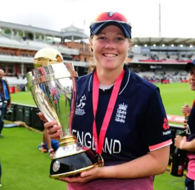 Women sport news - Shrubsole To Miss Western Storm Opener