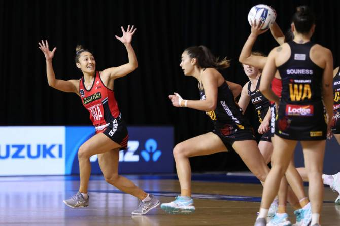 Women sport news - TACTIX AND MAGIC FIGHT IT OUT TO ANOTHER NAIL-BITING DRAW