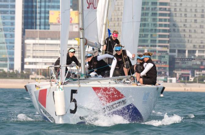 Women sport news - The veterans are back in Busan-Leroy, Spithill and Macgregor on WIM Series again