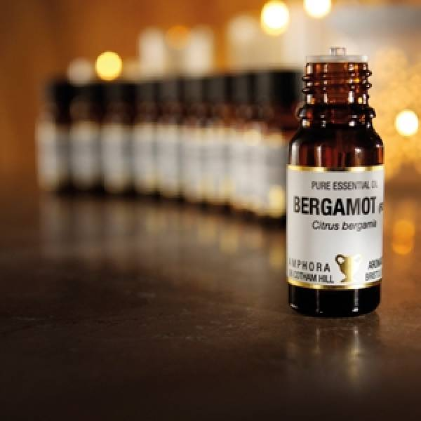 Amphora Aromatics launches multi-purpose beauty oils